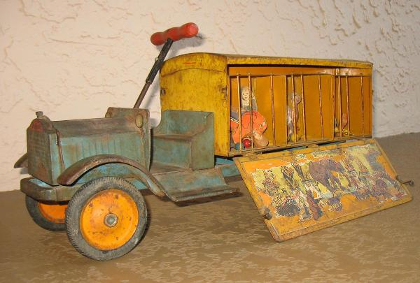antique keystone circus truck with circus animals, antique keystone dump truck for sale, ebay keystone toy trucks for sale, facebook keystone circus truck for sale, 1934 keystone circus truck for sale,  keystone toy trucks on ebay, buying circus toys and trucks.  circus truck history,  keystone police patrol truck, keystone circus truck historical prices, Keystone circus truck for sale, keystone toy trucks ebay, circus toy truck decals, keystone woodsy wee circus animals, keystone coast to coast bus for sale, ebay keystone toy trucks, circus tent, keystone circus truck parts, keystone circus truck restoration, 1934 keystone circus truck for sale, Keystone circus truck wanted free price quotes